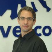 Brett Cavé