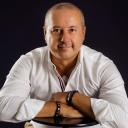 Luis F. Falcón
