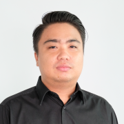 Photo of Bobby Lolowang