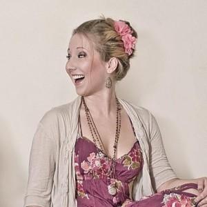 Profile picture for Karlin Caroline