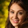 Elana Roth avatar image