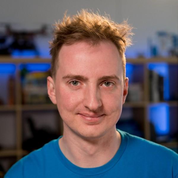 Andrew Godwin Avatar