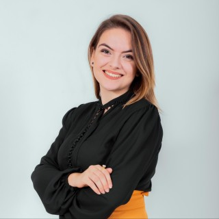 Lauren Juliê Liria Fernandes Teixeira Alves