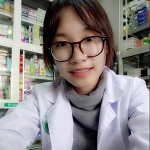 Dược sĩ Hòa Trịnh