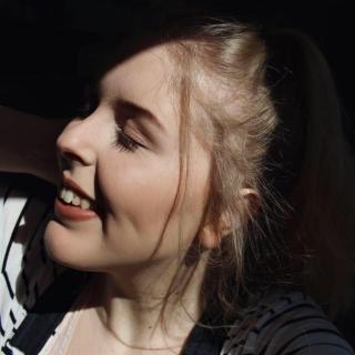anouksuzanne