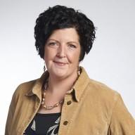 Stephanie Mahnken