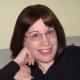 Lois Winston (writing as Emma Carlyle)