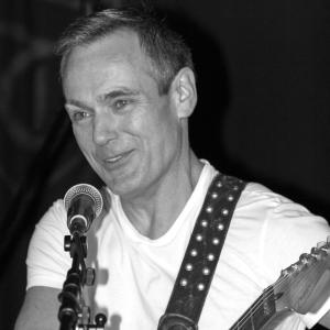 Avatar of Iain Henderson, God's Own Guitars