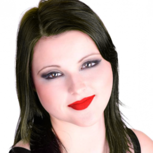 Cayla Silverstone