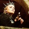 Queen Of Thorns - zdjęcie