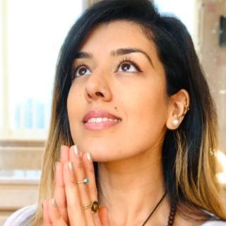 YogaSabrina