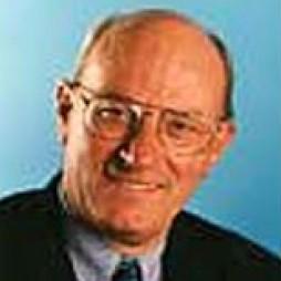 avatar for Gérard Dussouy