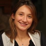 Photo of Victoria Smith