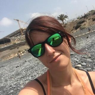 Cassandra - Viaggiando A Testa Alta