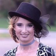 Laura Bendoly