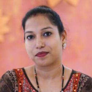 Jyotish Acharya Gurumaa Indusagar