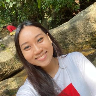Julianna Ong