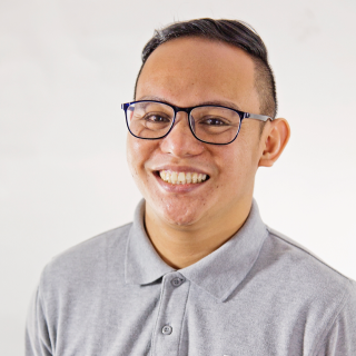 MARK GONZAGA (MC)