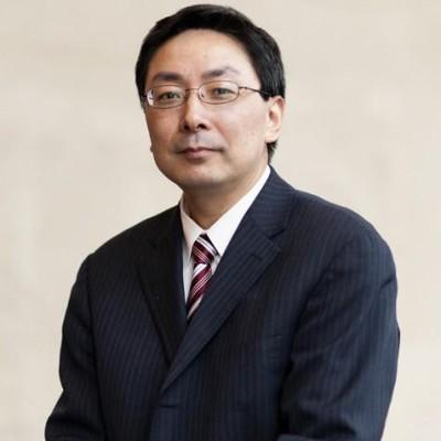 Yanzhong Huang