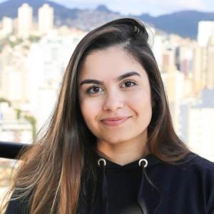 Vitória Mansur