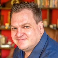 Avatar of Tim Haak