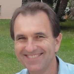 Dr Tom Vasak
