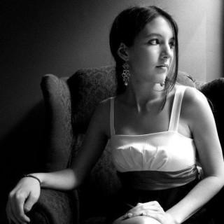 Samantha Davis