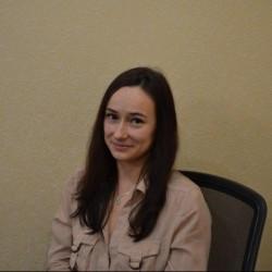 avatar for Julia Beyers