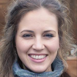 Ellie Rchards