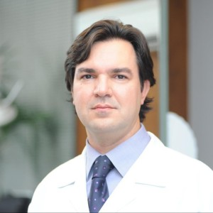Dr. Marco Olyntho