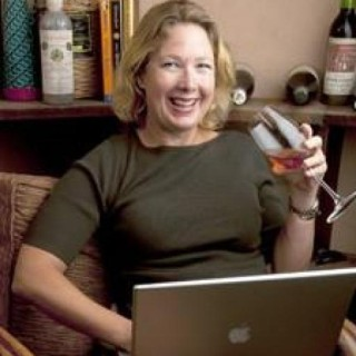 Gwendolyn Alley aka Art Predator