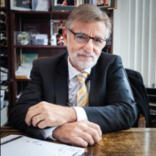 Alvin Pettle, MD, FRCS(C)