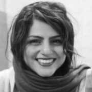 تصویر آتوسا خانزاده