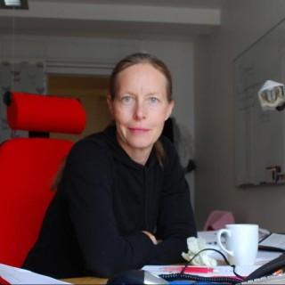 Issadissa, webbtanten a.k.a. Eva Adeen