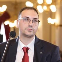 Gianluca R.