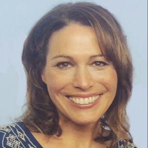Kari Curran