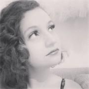 Photo of Clara Campos