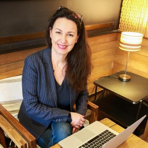 Diane Ballonad Rolland, dirigeante du Cabinet Temps et Equilibre, auteure de Slow working,