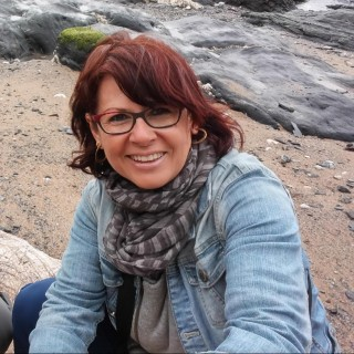 Rosa Encinas- Artista Plàstica i Terapeuta Creativa