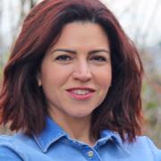 Photo of ياسمين ديفوني