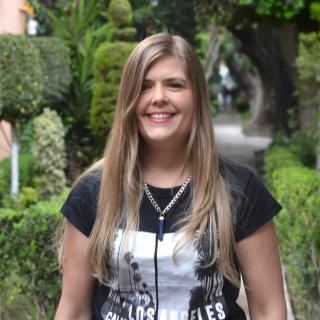 Blogously