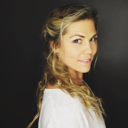 Aretha Moller-Roth