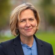 Karin Wulf