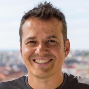 José M Peña