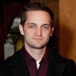 Ian Armstrong's avatar