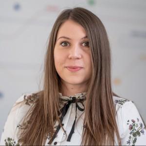 Cristina Ghenea