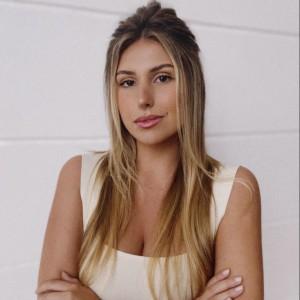 Mariana Tortelli - Analista de Comunicação NDD
