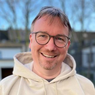 Dr. Sascha Flüchter