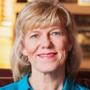 Suzy Taylor Oakley, writer • editor