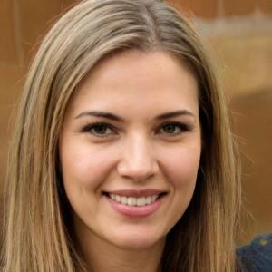 Нина Логинова